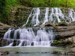 Долина 33 водопада Сочи